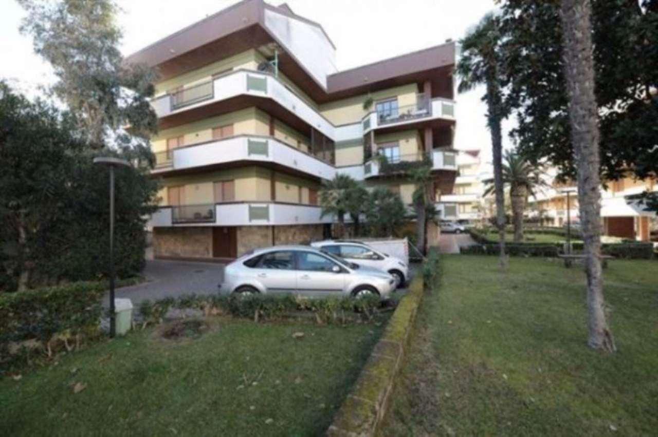 Appartamento in vendita a Francavilla al Mare, 4 locali, prezzo € 270.000 | Cambio Casa.it