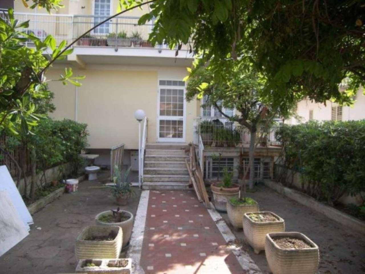 Villa in vendita a Francavilla al Mare, 3 locali, prezzo € 270.000 | Cambio Casa.it