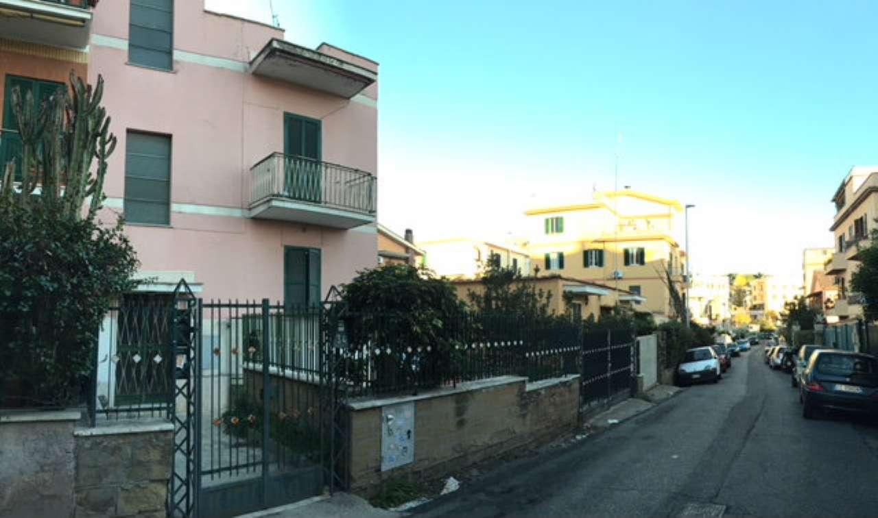 Roma Vendita STABILE / PALAZZO