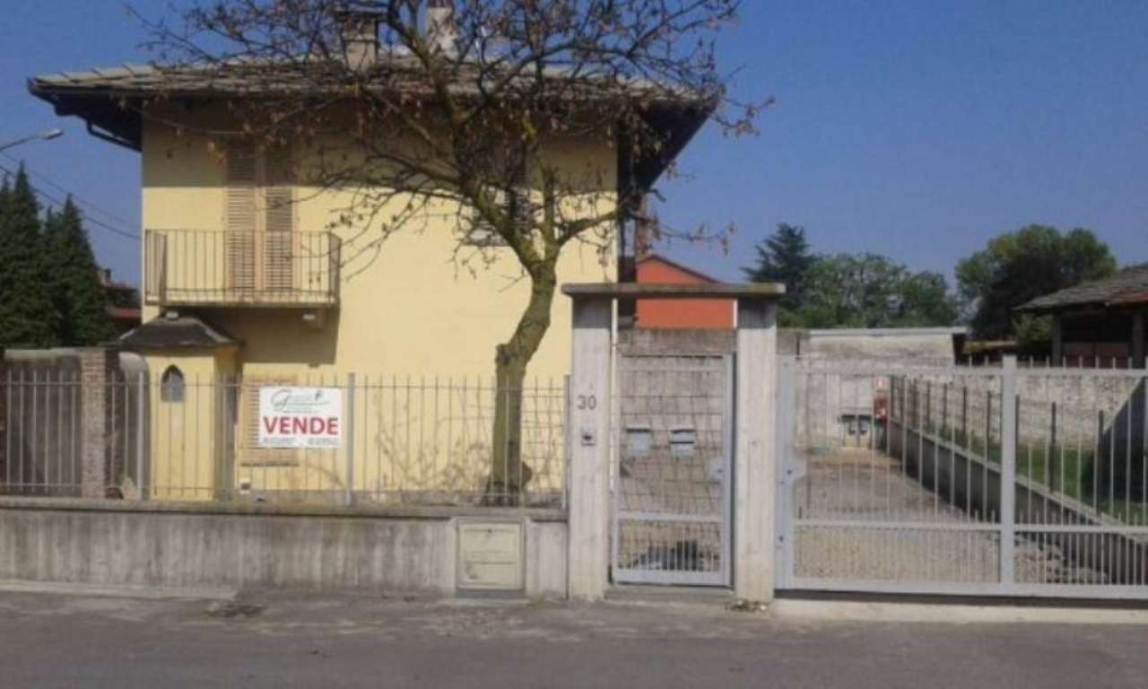 Villa in Vendita a Barge