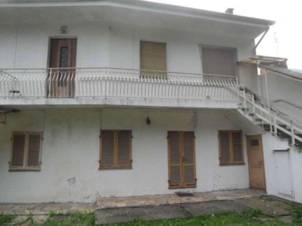Appartamento in vendita a Barge, 3 locali, prezzo € 40.000 | Cambio Casa.it