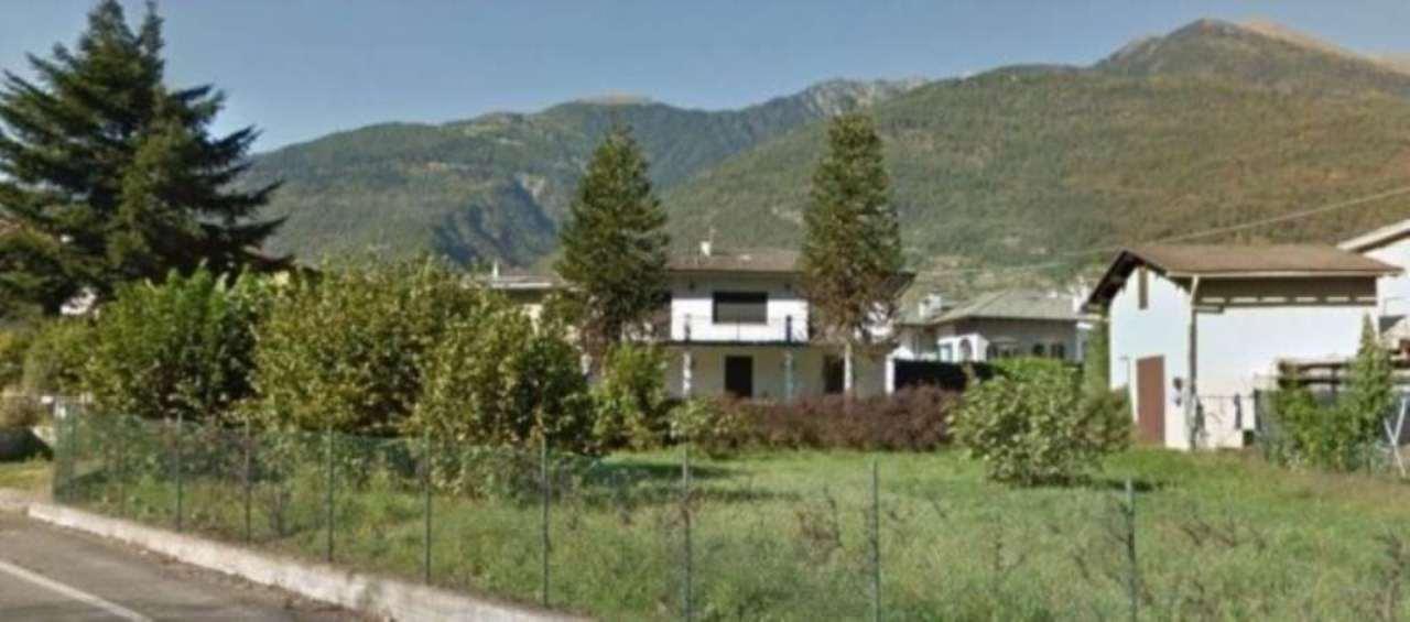 Soluzione Indipendente in vendita a Chiuro, 6 locali, Trattative riservate | Cambio Casa.it