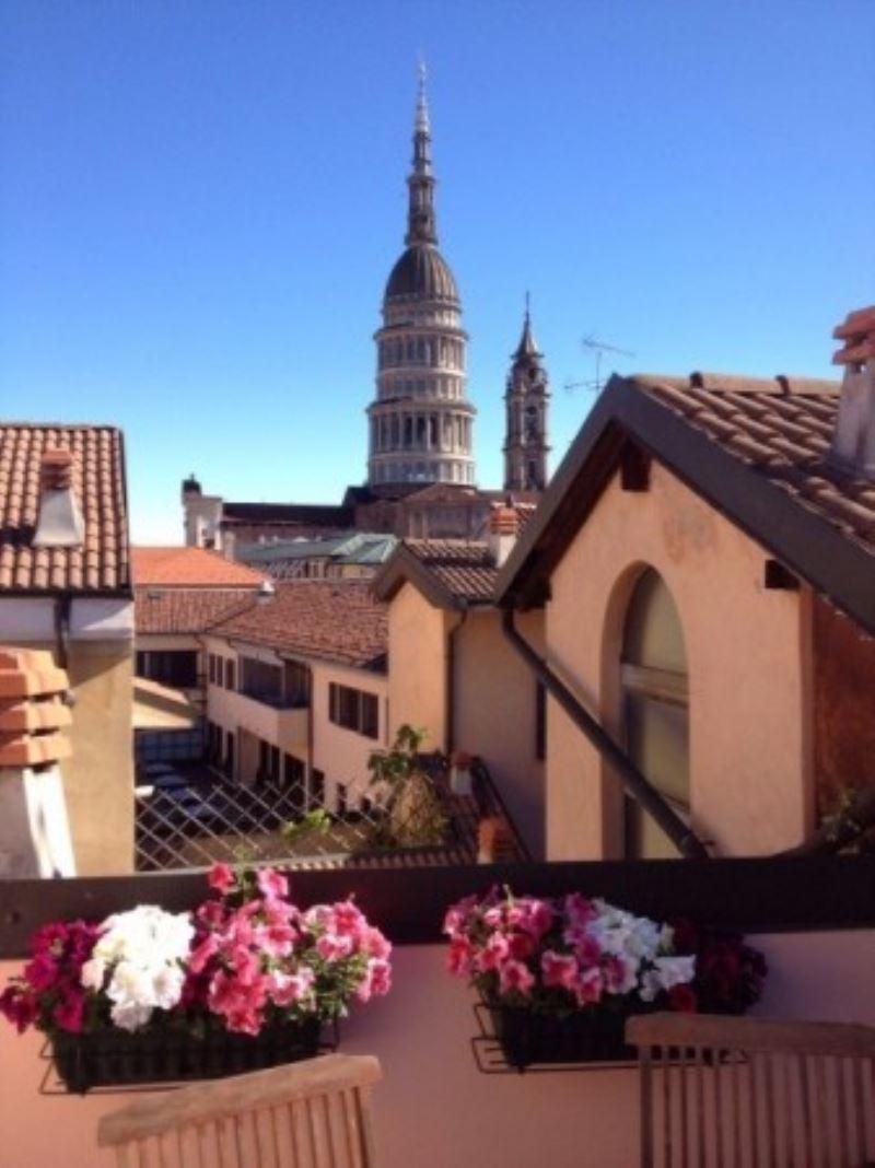 Attico / Mansarda in affitto a Novara, 2 locali, prezzo € 1.000 | Cambio Casa.it