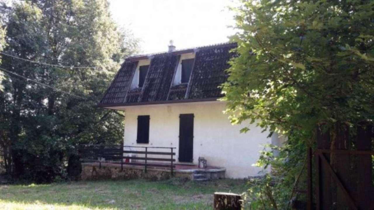 Villa in vendita a Schio, 6 locali, prezzo € 199.000 | CambioCasa.it