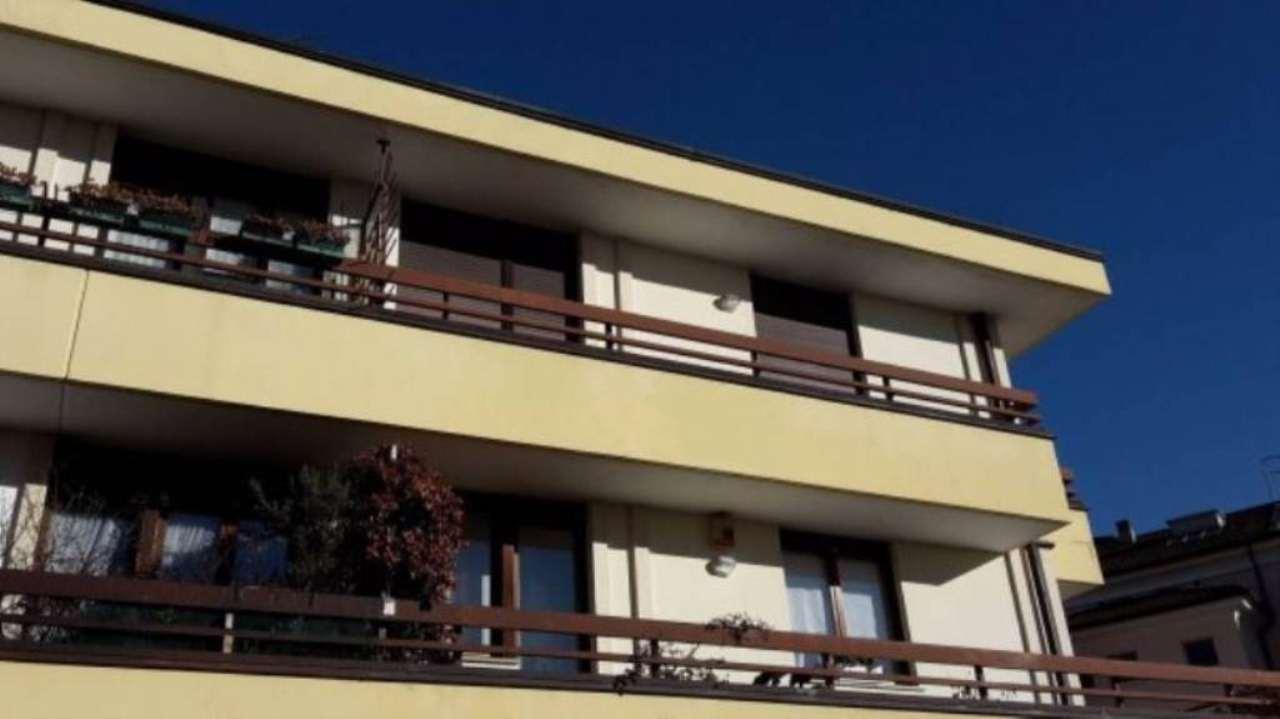 Attico / Mansarda in vendita a Schio, 4 locali, prezzo € 114.000 | Cambio Casa.it
