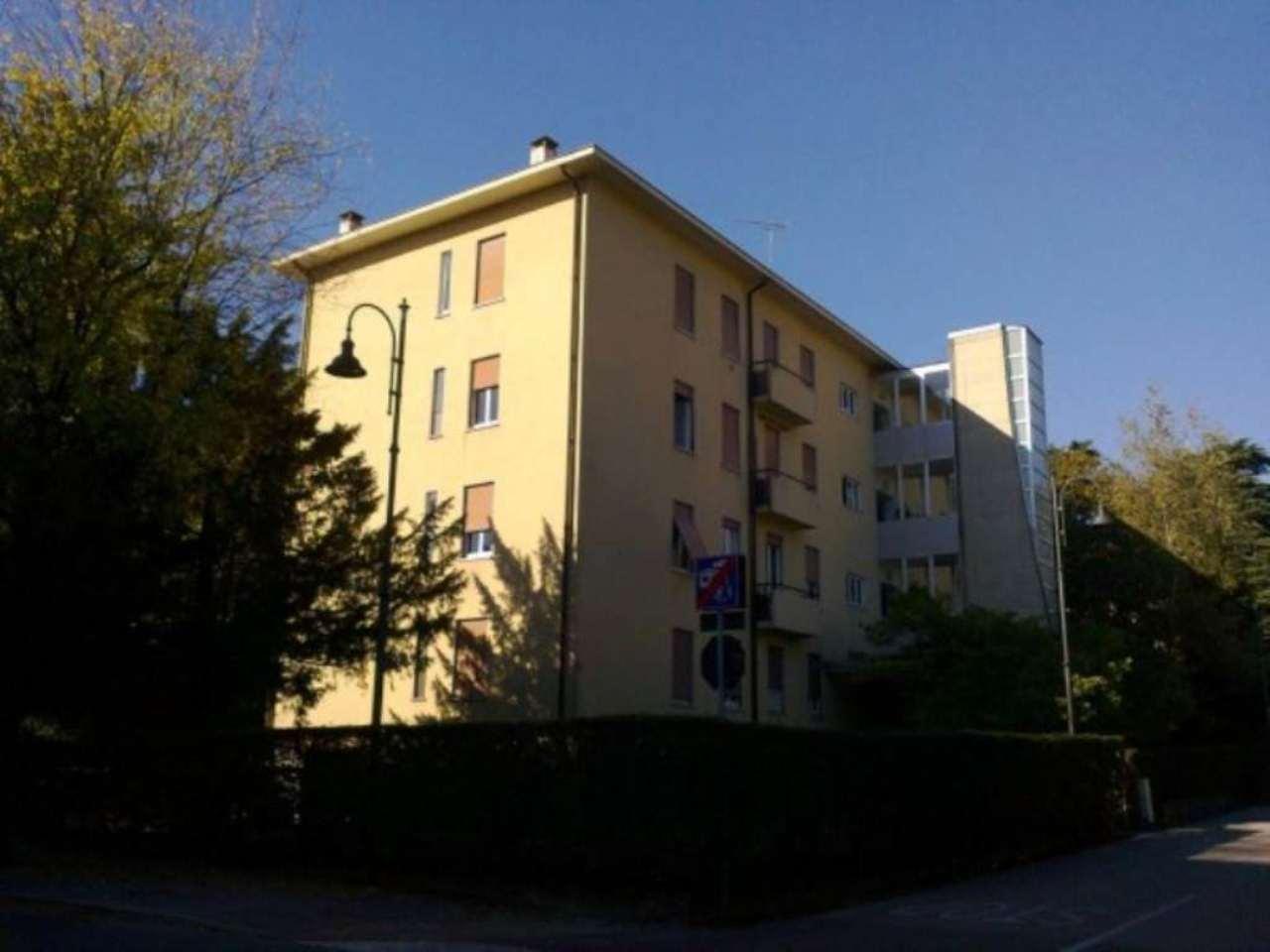 Appartamento in vendita a Schio, 6 locali, prezzo € 130.000 | Cambio Casa.it