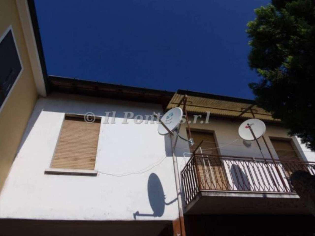 Appartamento in affitto a Garlasco, 2 locali, prezzo € 400   Cambio Casa.it