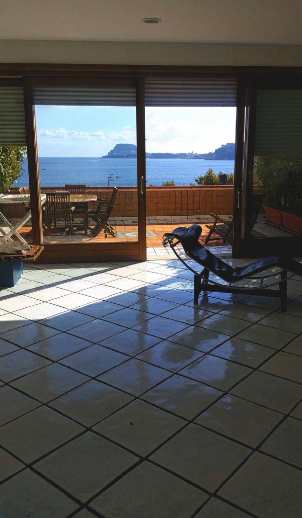 Villa in vendita a Pozzuoli, 9 locali, Trattative riservate | CambioCasa.it