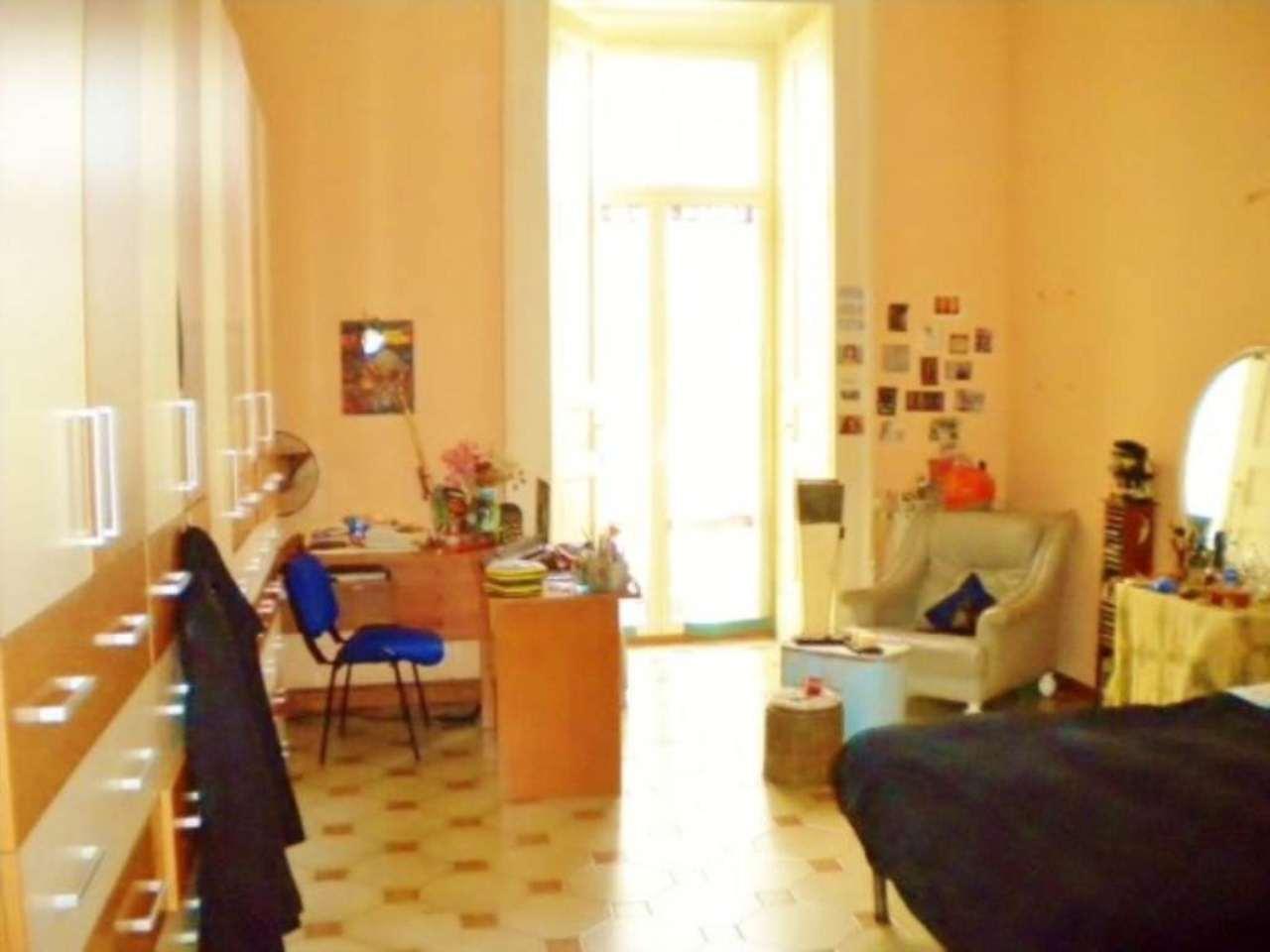 Appartamento in vendita napoli via toledo for Case in vendita napoli