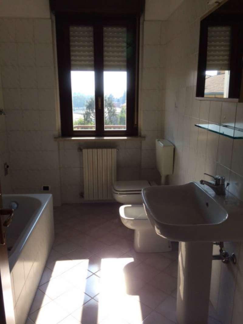 Appartamento in affitto a Gazzada Schianno, 2 locali, prezzo € 500 | Cambio Casa.it