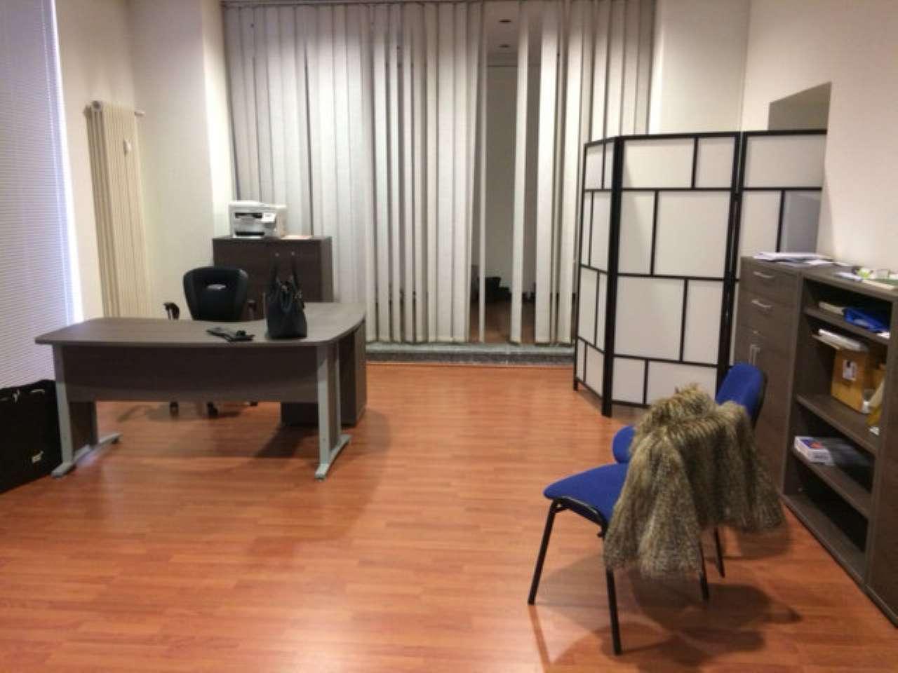 Negozio / Locale in affitto a Varese, 2 locali, prezzo € 1.500 | Cambio Casa.it