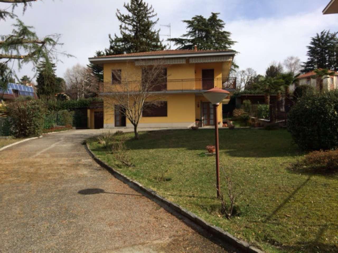 Villa Bifamiliare in Vendita a Morazzone