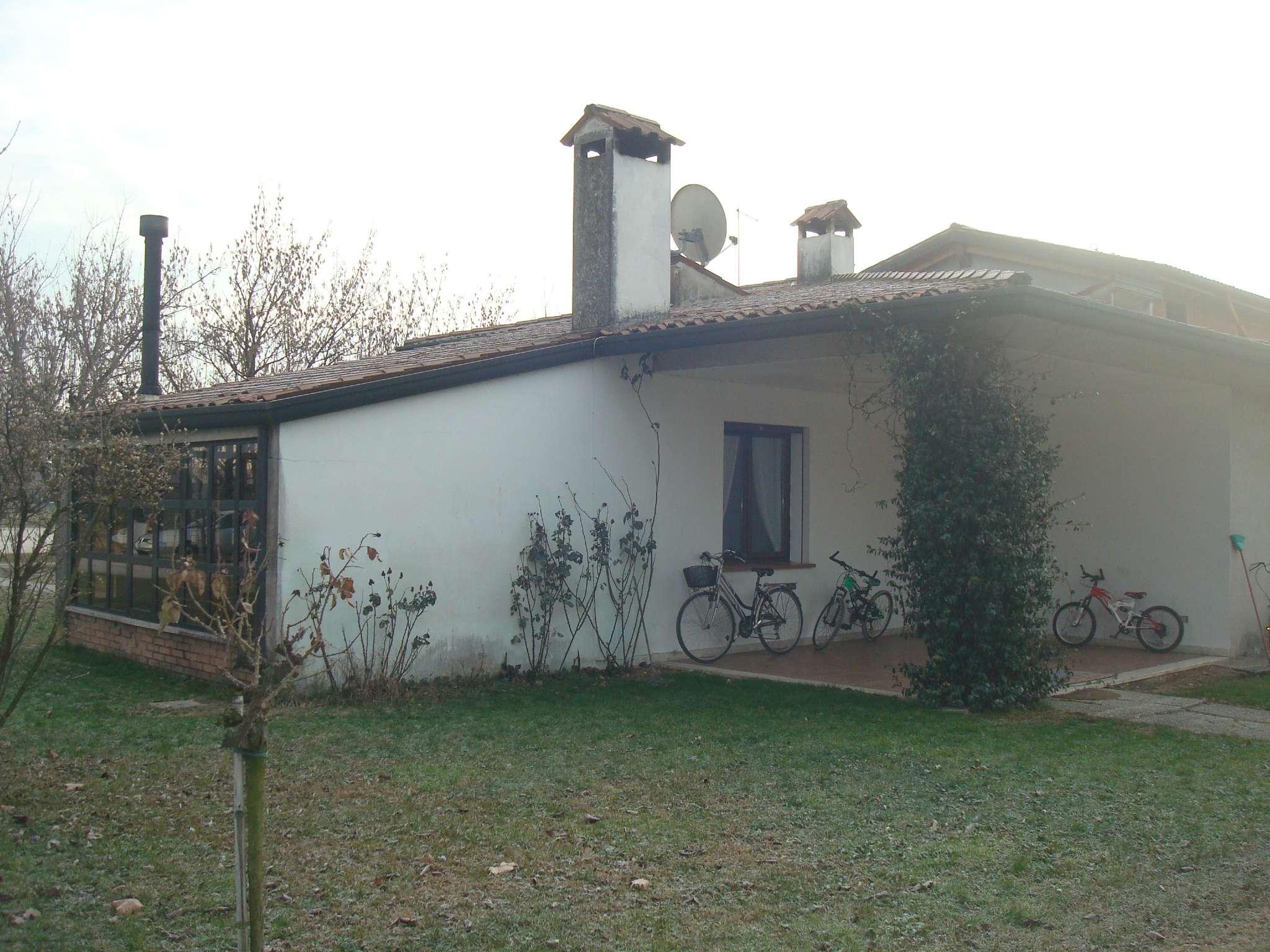 Villa in Vendita a Bolzano Vicentino