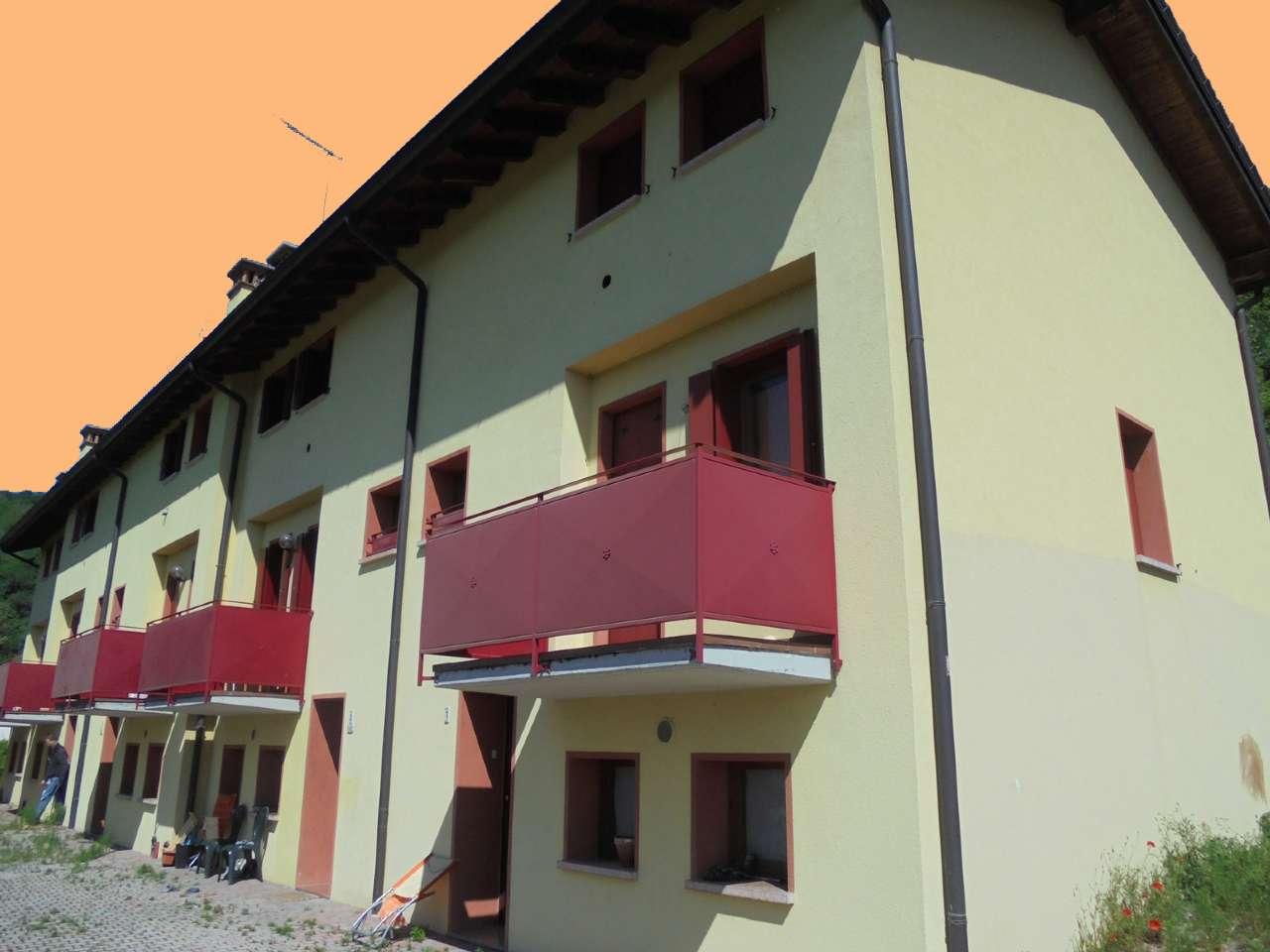 Villa a Schiera in vendita a Bassano del Grappa, 3 locali, prezzo € 105.000 | CambioCasa.it