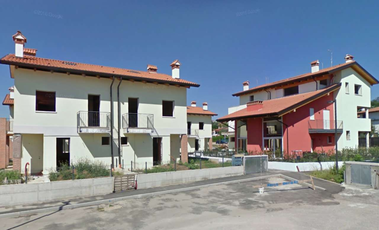 Villa Bifamiliare in Vendita a Zugliano