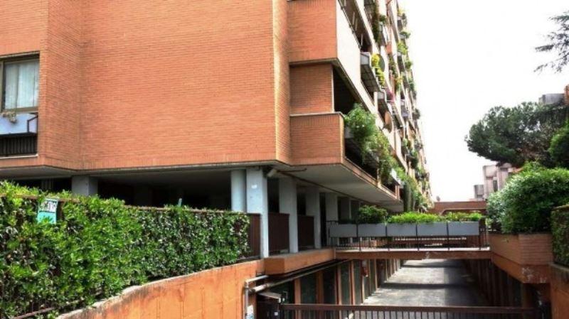Box / Garage in affitto a Roma, 1 locali, zona Zona: 11 . Centocelle, Alessandrino, Collatino, Prenestina, Villa Giordani, prezzo € 350 | CambioCasa.it