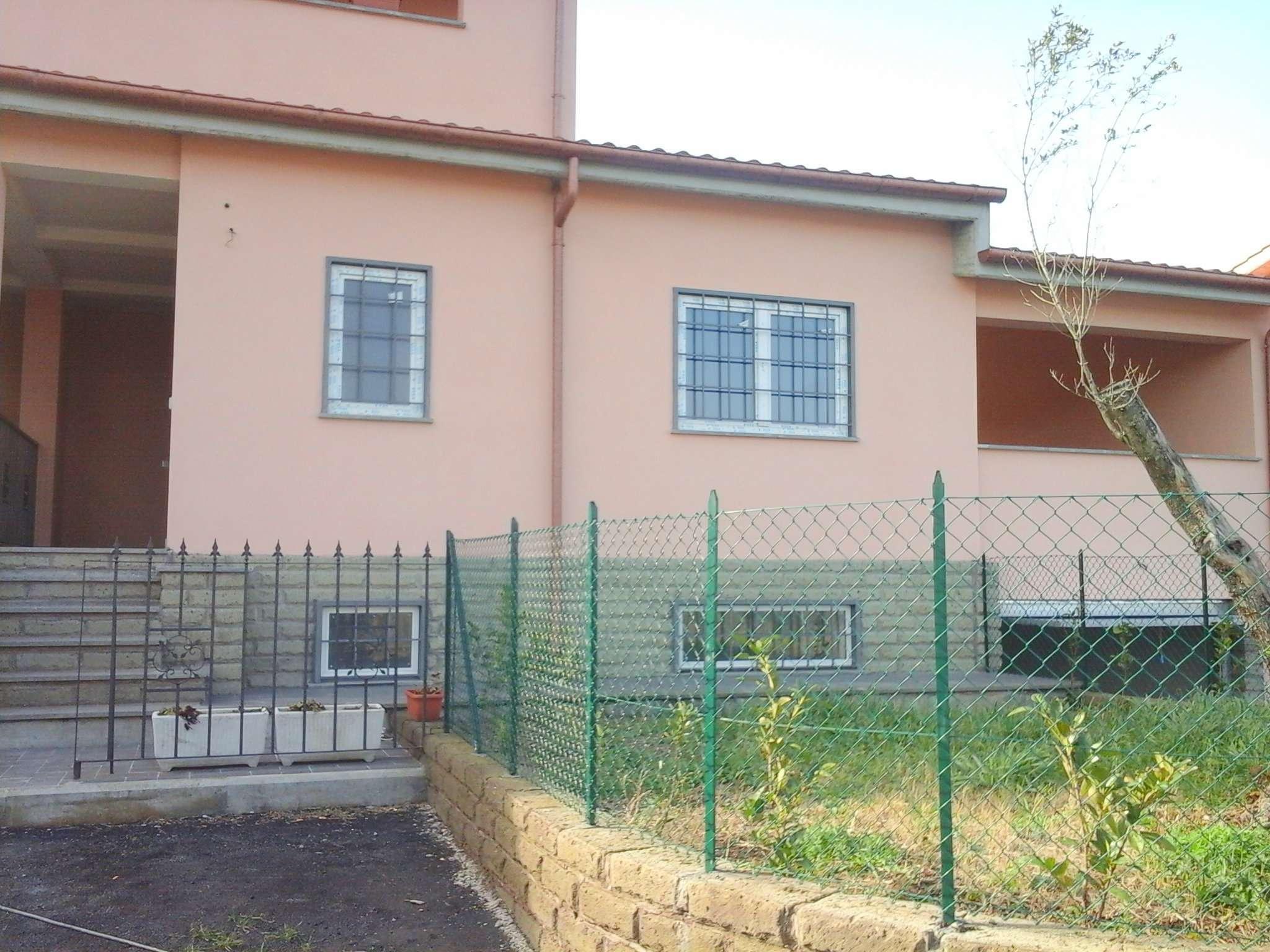 Villa in vendita a Albano Laziale, 3 locali, prezzo € 220.000 | Cambio Casa.it