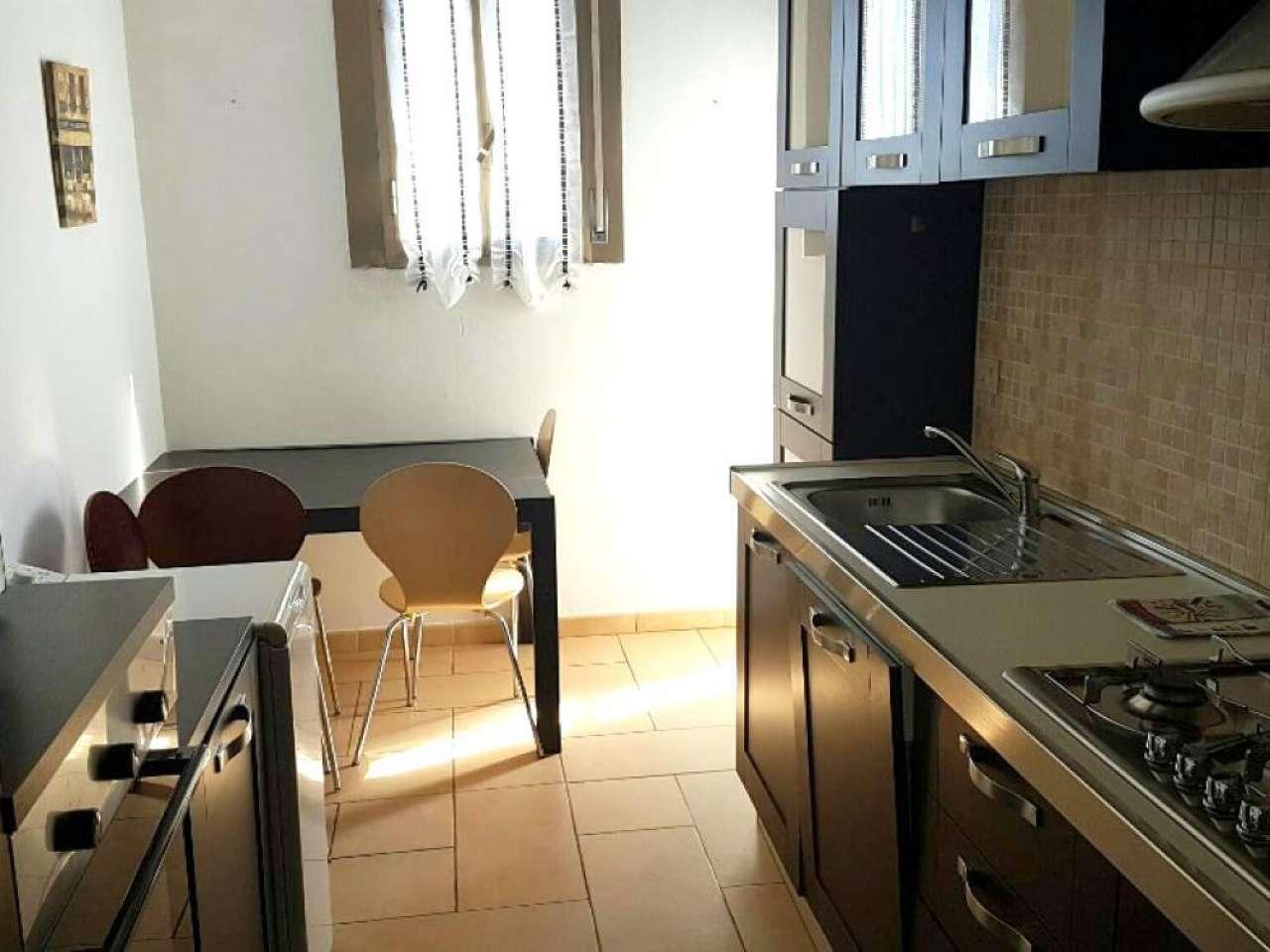 Appartamento in vendita a Pomezia, 3 locali, prezzo € 149.000 | Cambio Casa.it