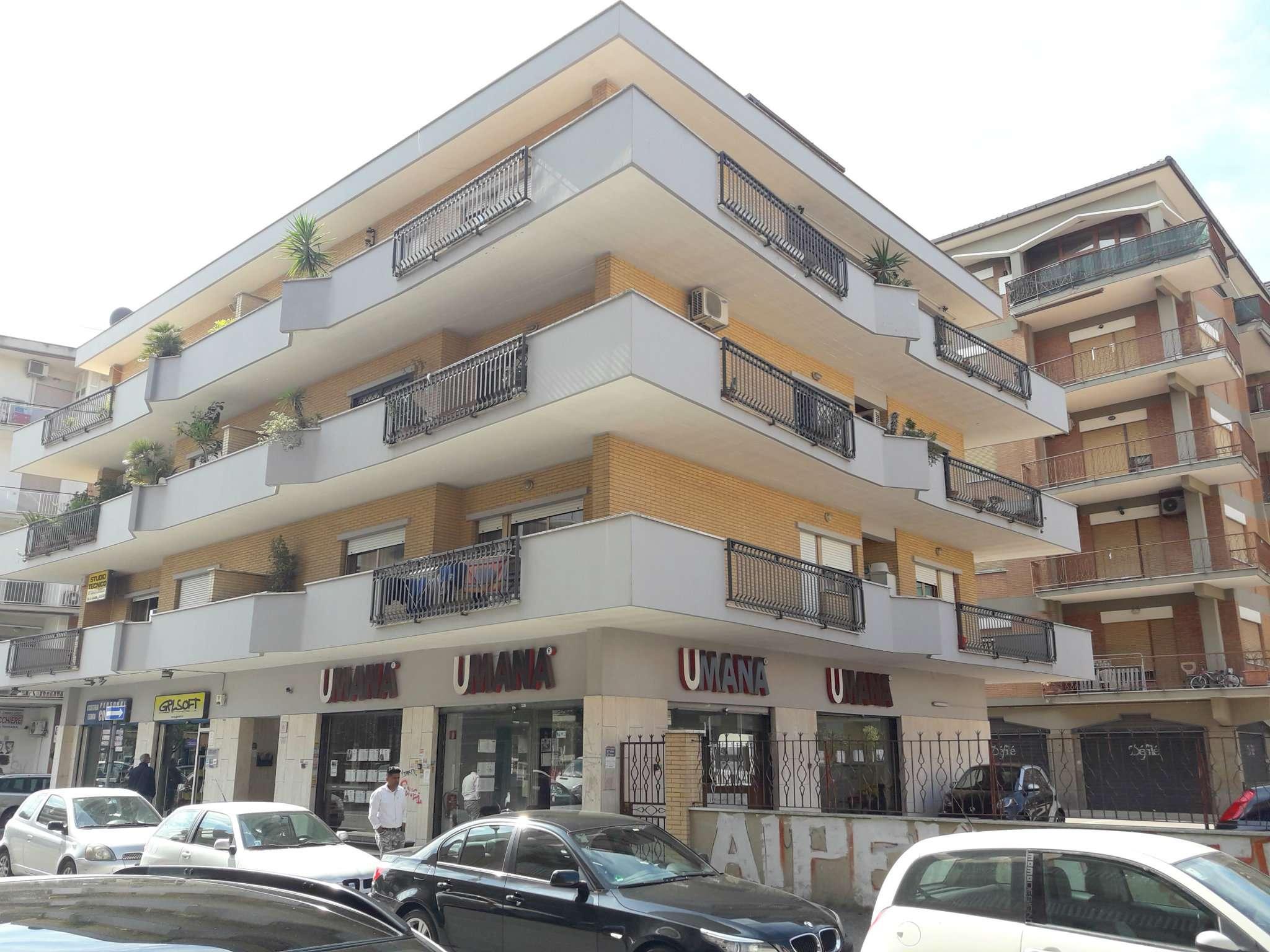 Appartamento in vendita a Pomezia, 5 locali, prezzo € 369.000 | CambioCasa.it