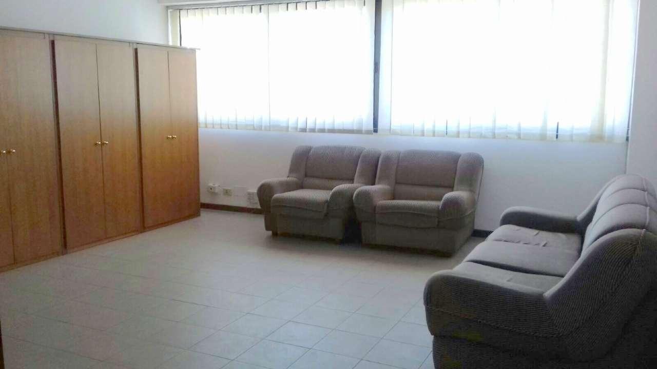 Ufficio / Studio in Affitto a Pomezia