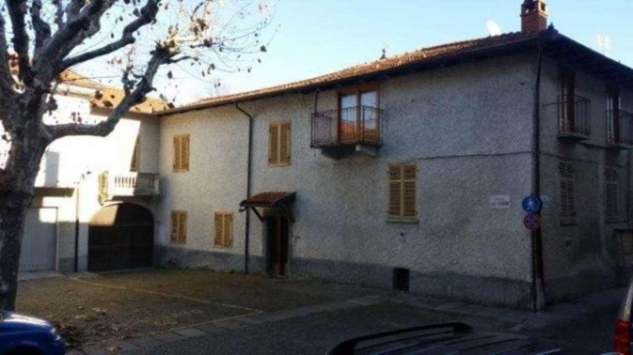 Palazzo / Stabile in Vendita a Peveragno