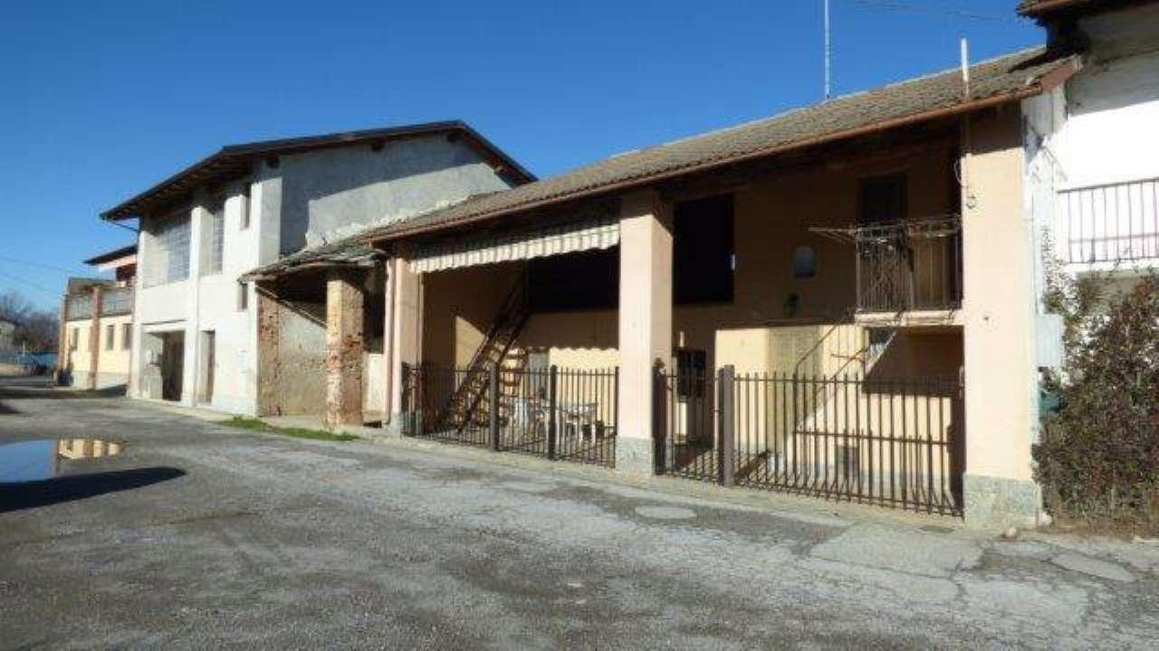 Palazzo / Stabile in vendita a Cuneo, 7 locali, prezzo € 110.000 | Cambio Casa.it