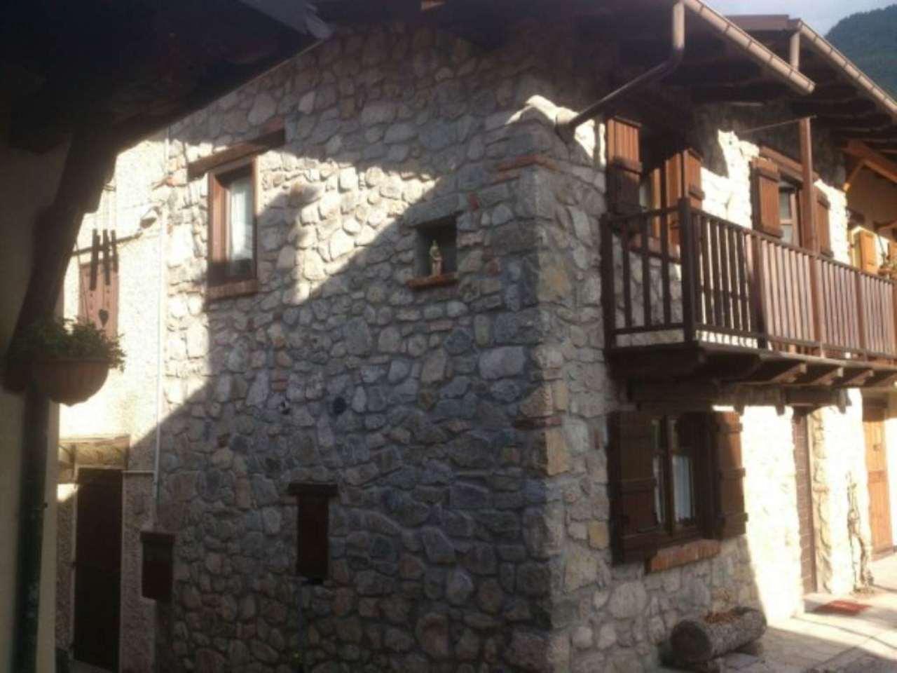 Appartamento in vendita a Vinadio, 3 locali, prezzo € 130.000 | Cambio Casa.it
