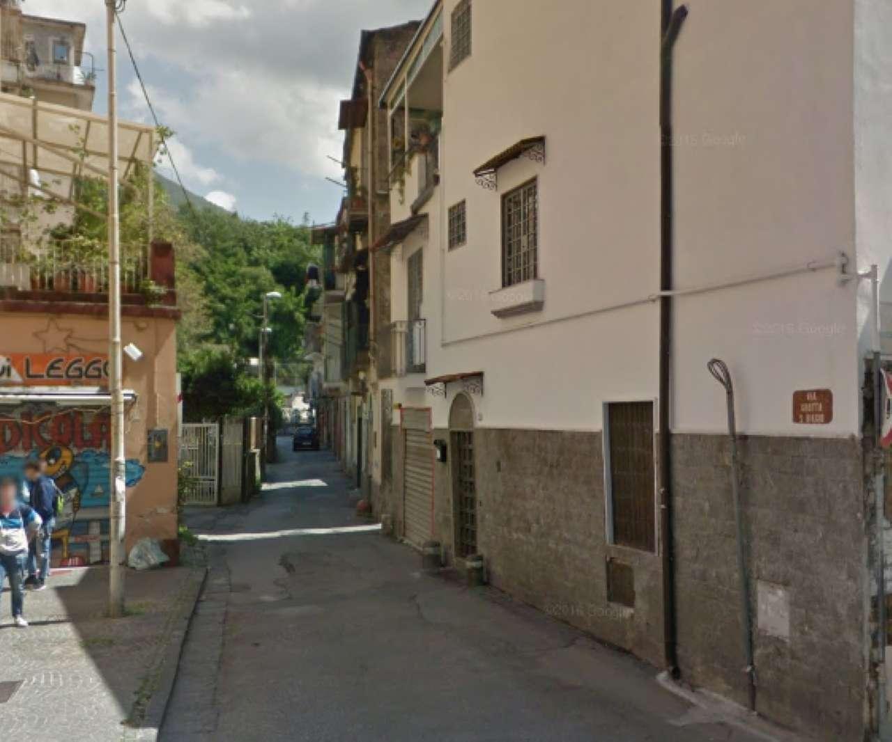 Soluzione Indipendente in vendita a Castellammare di Stabia, 9 locali, Trattative riservate | Cambio Casa.it