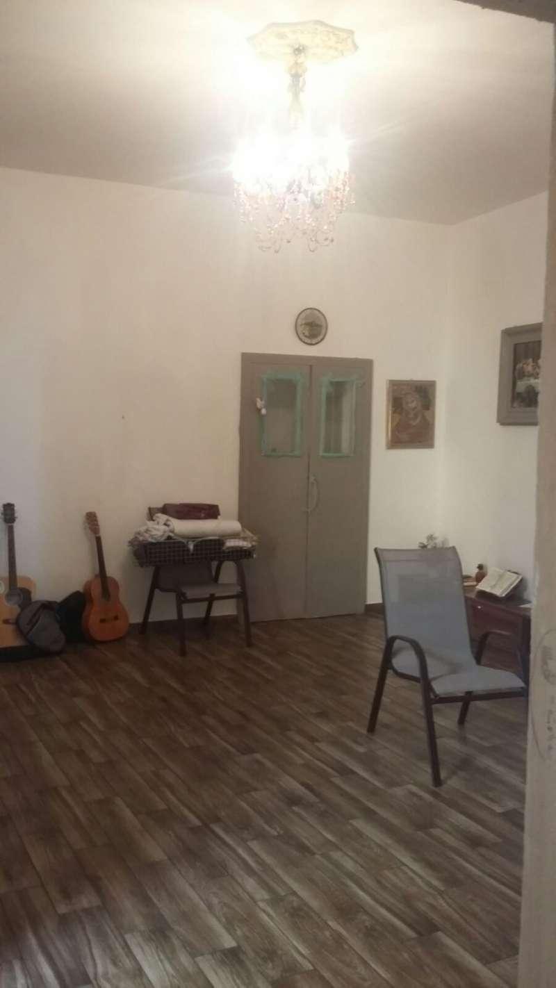 Appartamento in vendita a Castellammare di Stabia, 2 locali, prezzo € 100.000 | Cambio Casa.it