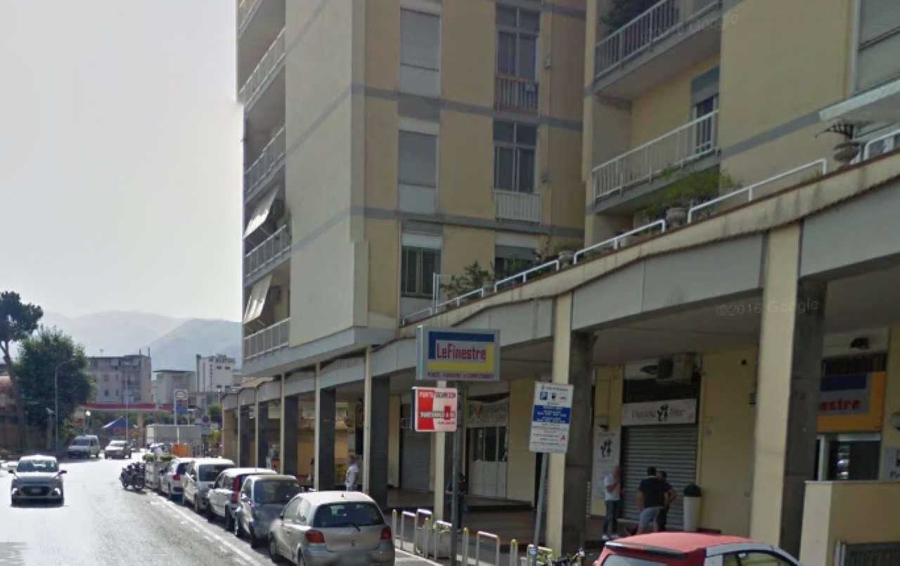 Appartamento in vendita a Gragnano, 5 locali, prezzo € 350.000 | CambioCasa.it