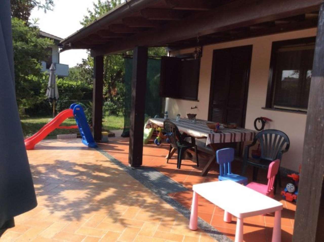 Villa in Vendita a Castiraga Vidardo