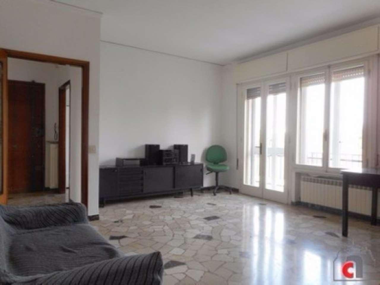 Appartamento in vendita a Padova, 5 locali, zona Zona: 5 . Sud-Ovest (Armistizio-Savonarola), prezzo € 115.000 | Cambio Casa.it
