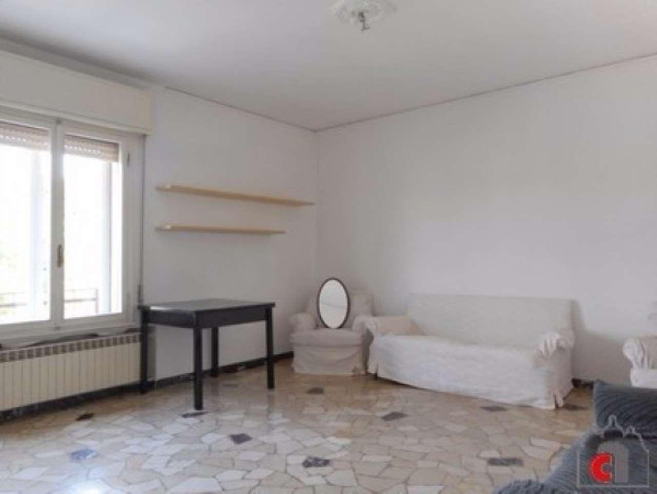 Appartamento in vendita a Padova, 5 locali, zona Zona: 5 . Sud-Ovest (Armistizio-Savonarola), prezzo € 115.000 | CambioCasa.it