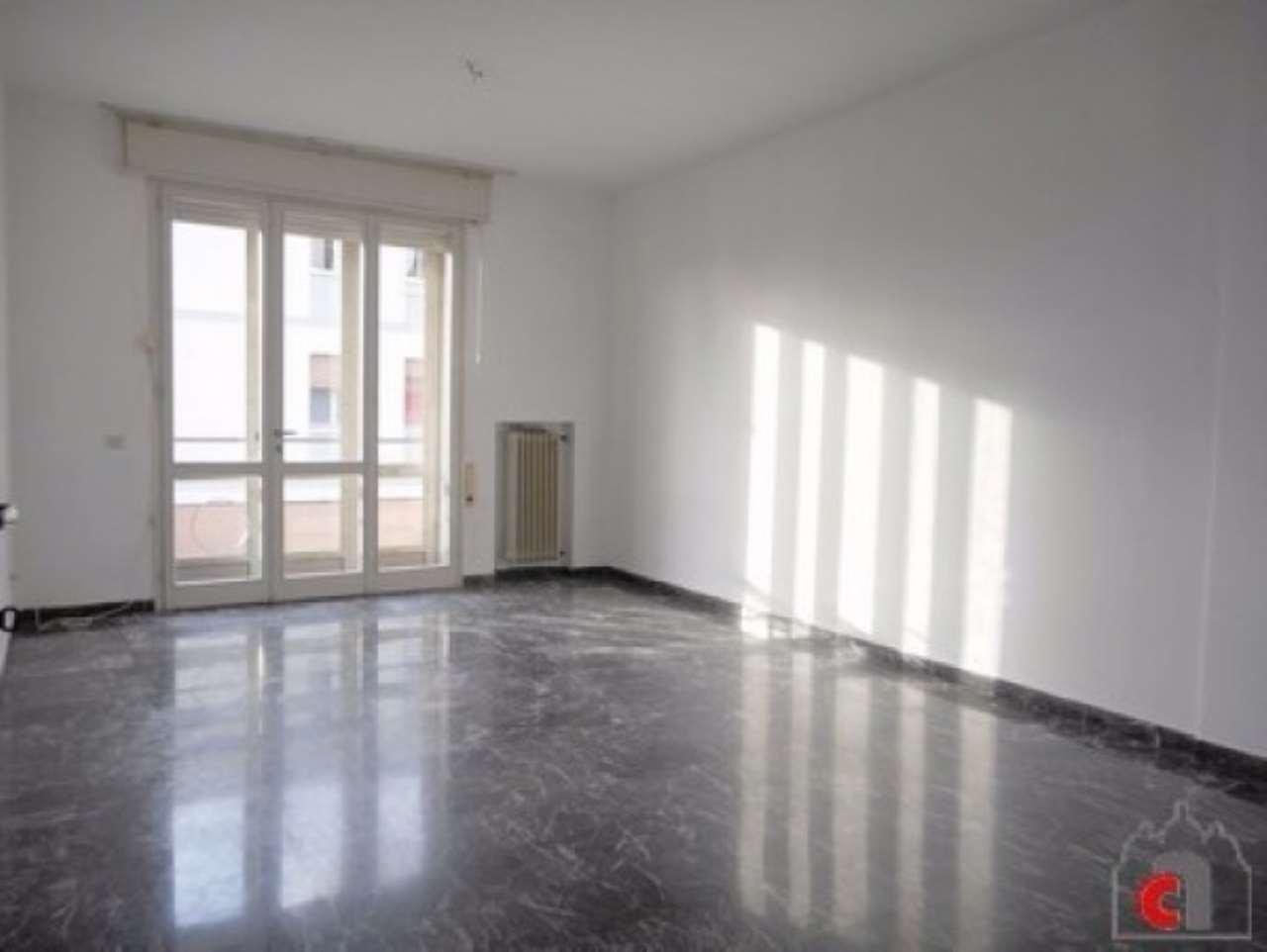 Appartamento in vendita a Padova, 5 locali, zona Zona: 5 . Sud-Ovest (Armistizio-Savonarola), prezzo € 170.000 | CambioCasa.it