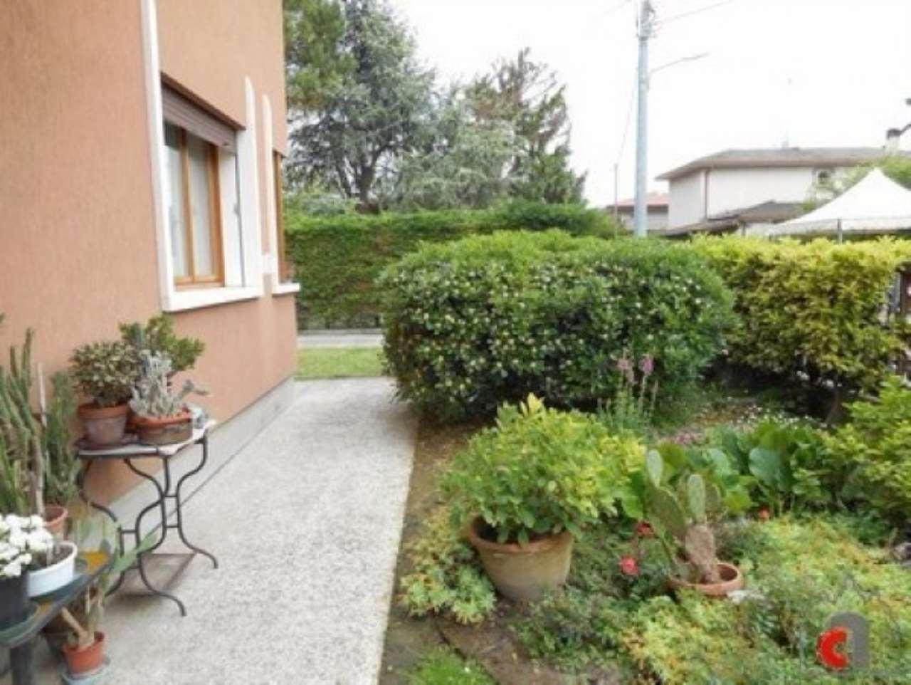 Villa in vendita a Padova, 5 locali, zona Zona: 4 . Sud-Est (S.Croce-S. Osvaldo, Bassanello-Voltabarozzo), prezzo € 270.000 | CambioCasa.it