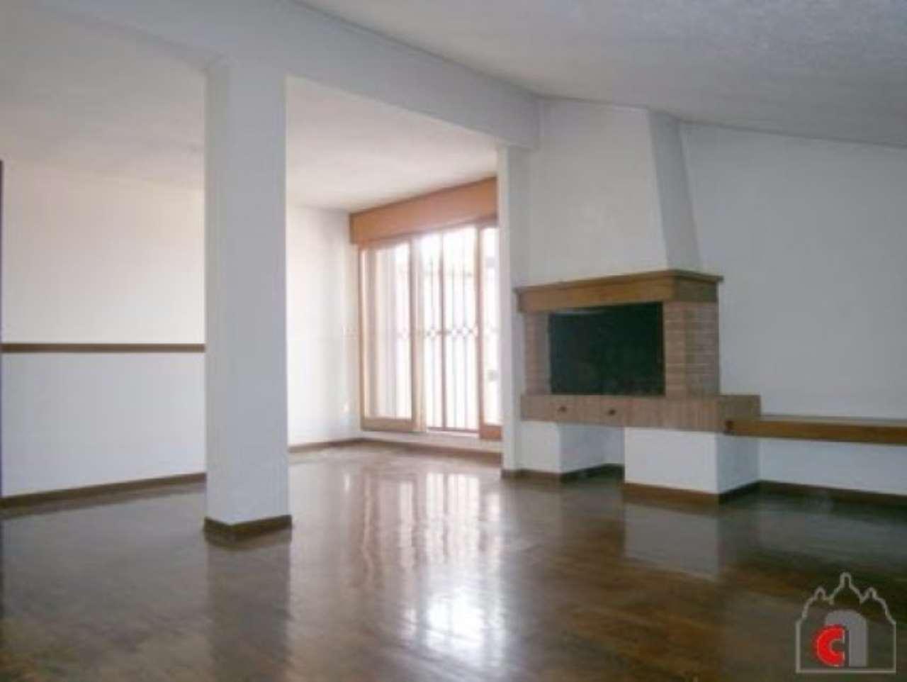 Appartamento in vendita a Padova, 6 locali, zona Zona: 6 . Ovest (Brentella-Valsugana), prezzo € 158.000 | Cambio Casa.it