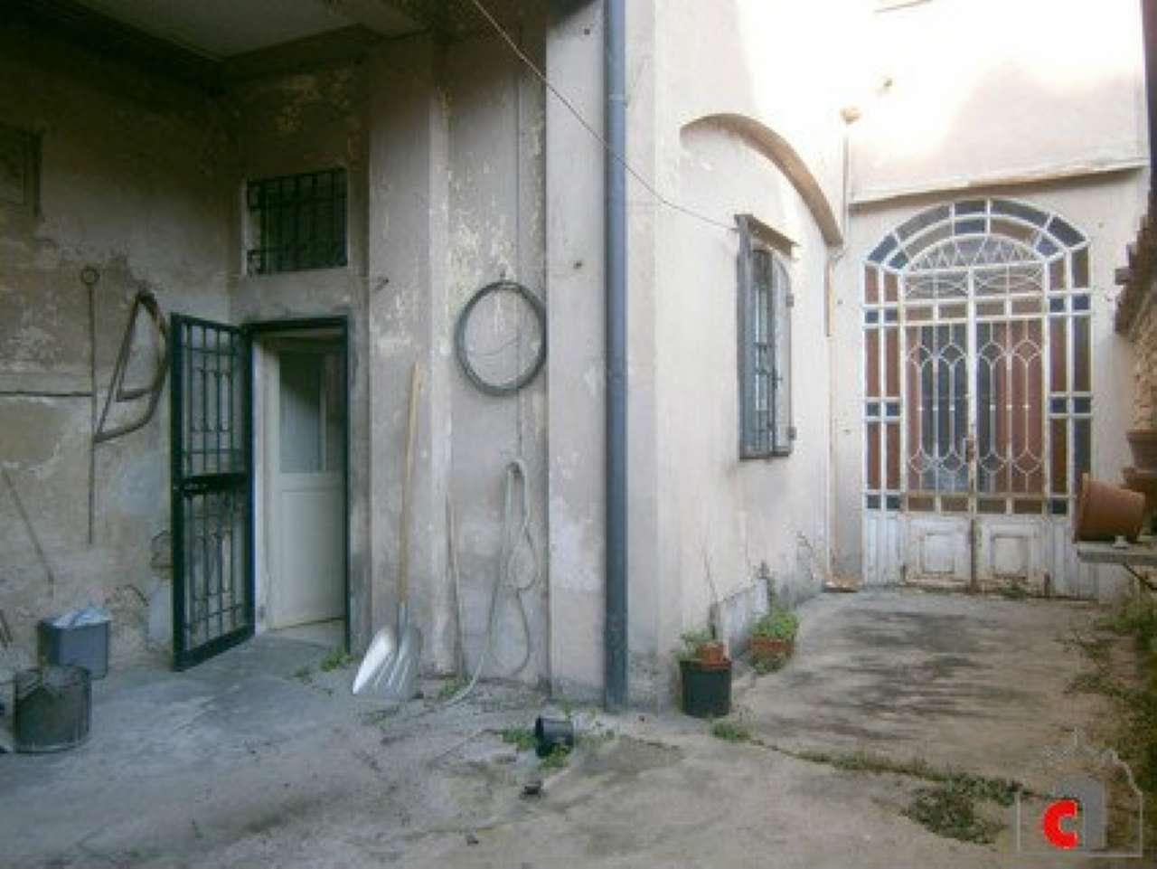 Palazzo / Stabile in vendita a Padova, 11 locali, zona Zona: 1 . Centro, prezzo € 690.000 | Cambio Casa.it