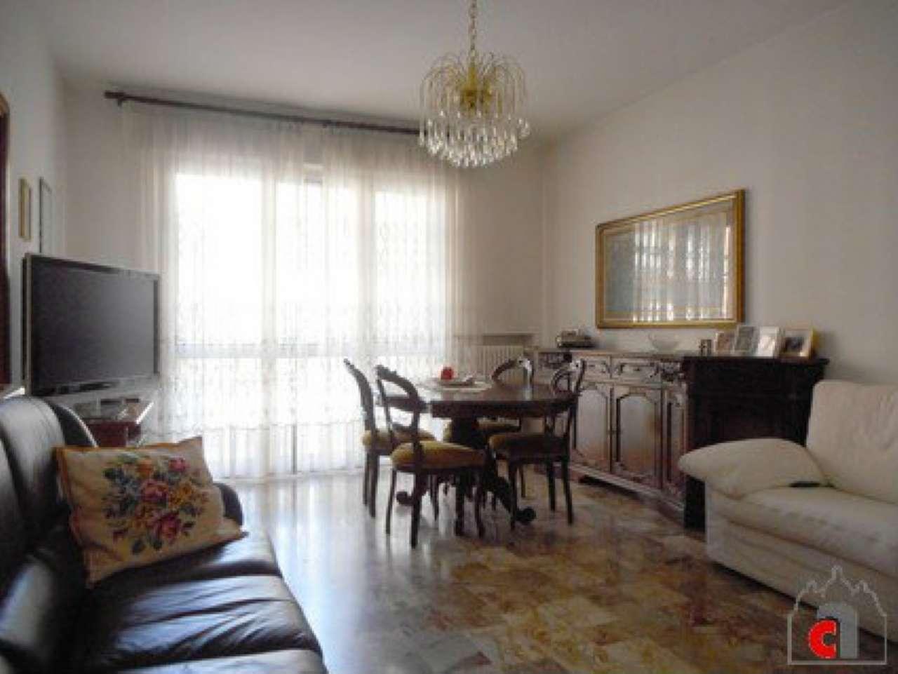 Appartamento in vendita a Padova, 5 locali, zona Zona: 5 . Sud-Ovest (Armistizio-Savonarola), prezzo € 165.000 | Cambio Casa.it