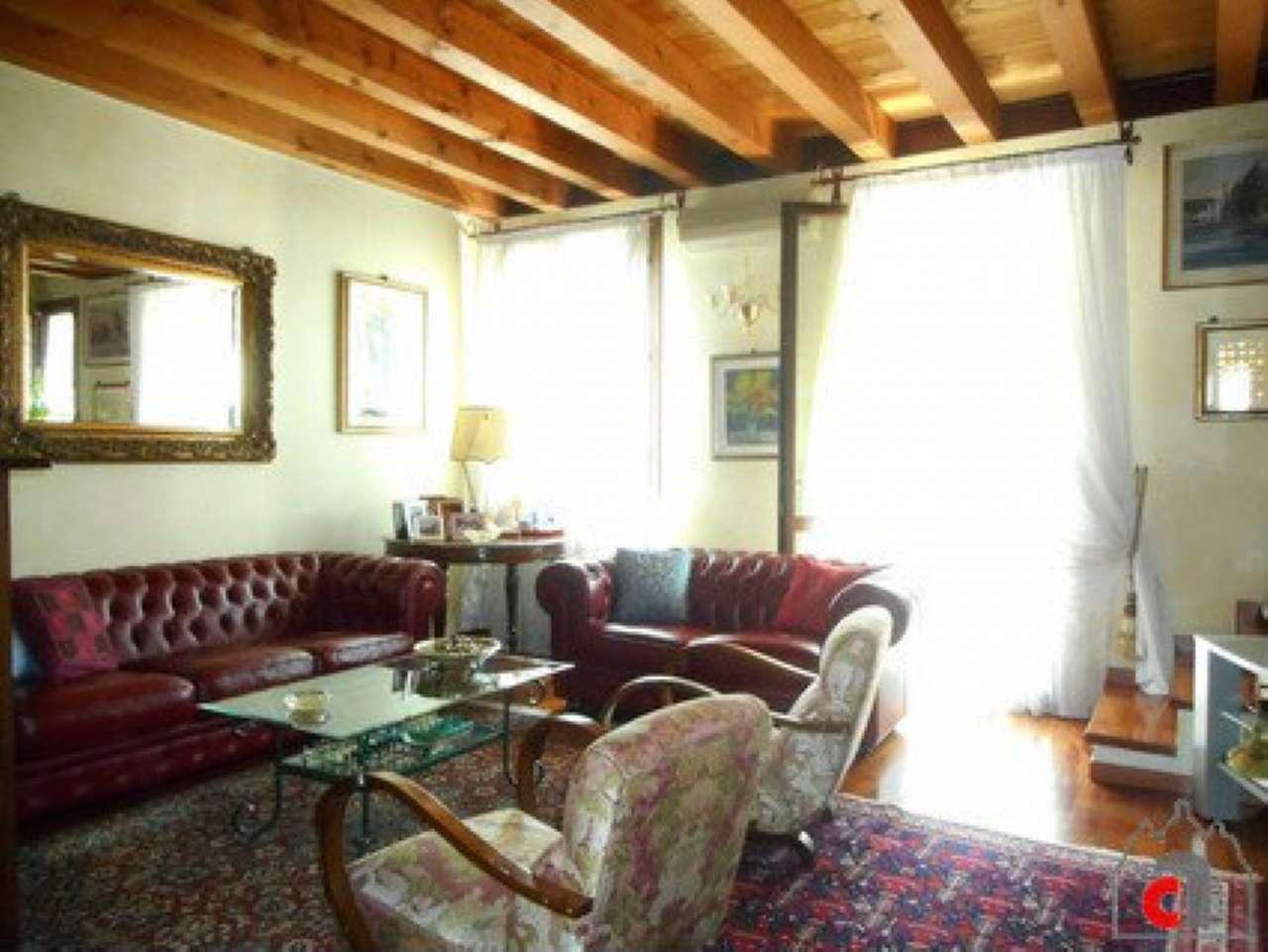 Appartamento in vendita a Padova, 5 locali, zona Zona: 5 . Sud-Ovest (Armistizio-Savonarola), prezzo € 330.000 | CambioCasa.it