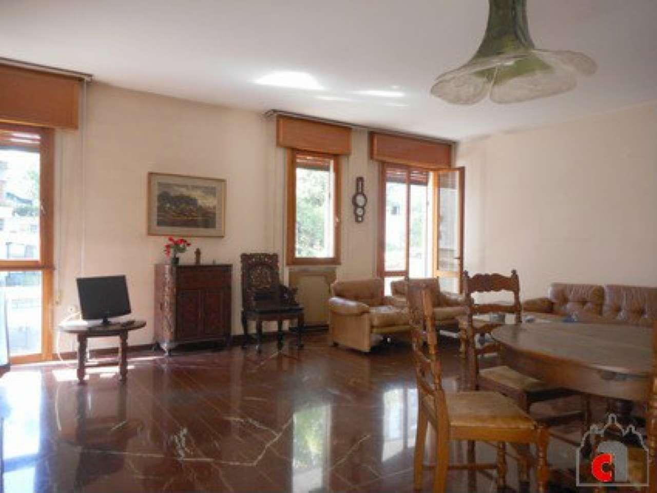 Appartamento in vendita a Padova, 6 locali, zona Zona: 4 . Sud-Est (S.Croce-S. Osvaldo, Bassanello-Voltabarozzo), prezzo € 270.000 | CambioCasa.it