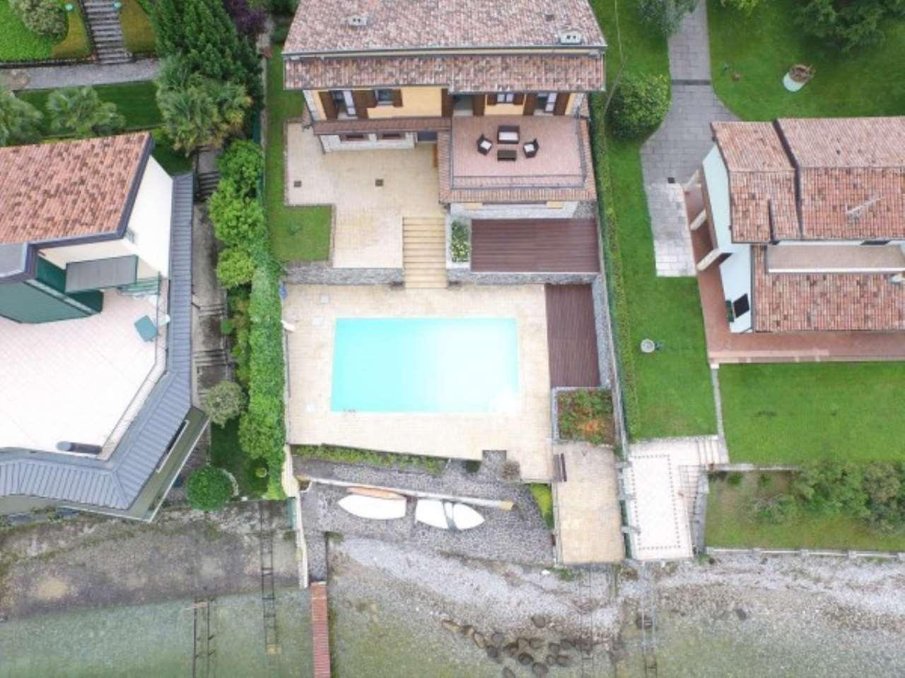 Villa in vendita a San Felice del Benaco, 6 locali, Trattative riservate | Cambio Casa.it