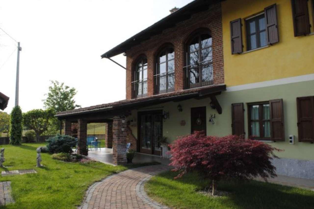 Rustico / Casale in vendita a Roatto, 6 locali, Trattative riservate | Cambio Casa.it