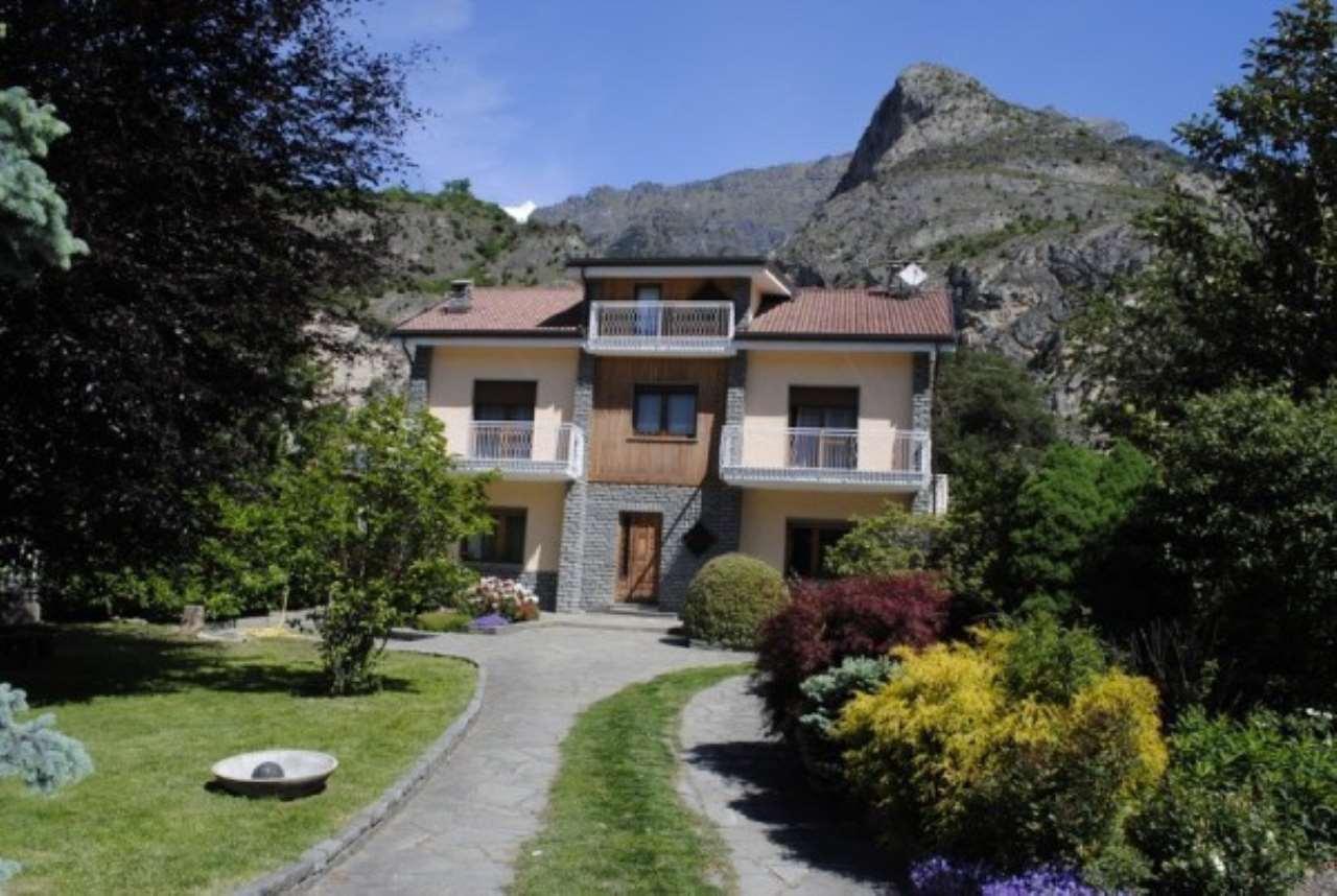 Villa in vendita a Bussoleno, 6 locali, prezzo € 290.000 | Cambio Casa.it