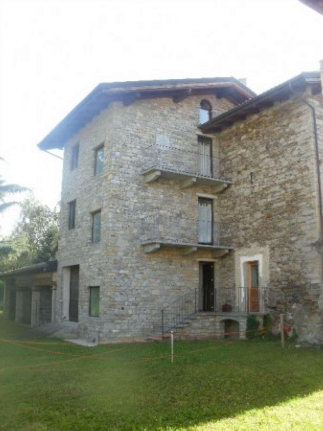 Rustico / Casale in vendita a San Giorio di Susa, 6 locali, prezzo € 179.000   Cambio Casa.it