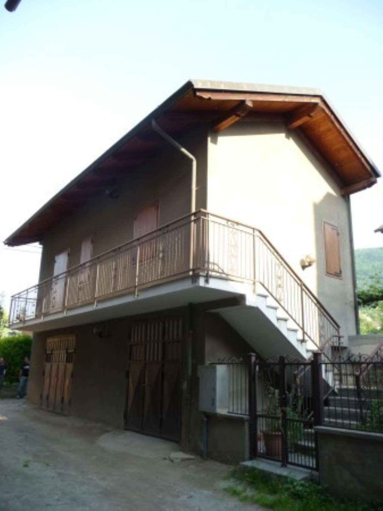 Foto 1 di Casa indipendente via Carlo Carli, San Giorio Di Susa