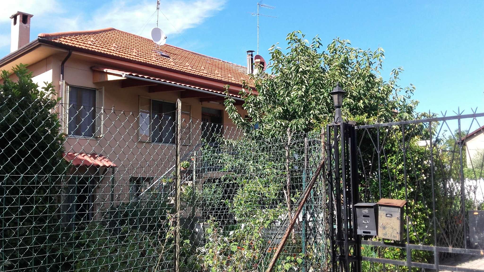 Villa in vendita a Rosta, 6 locali, prezzo € 279.000 | Cambio Casa.it