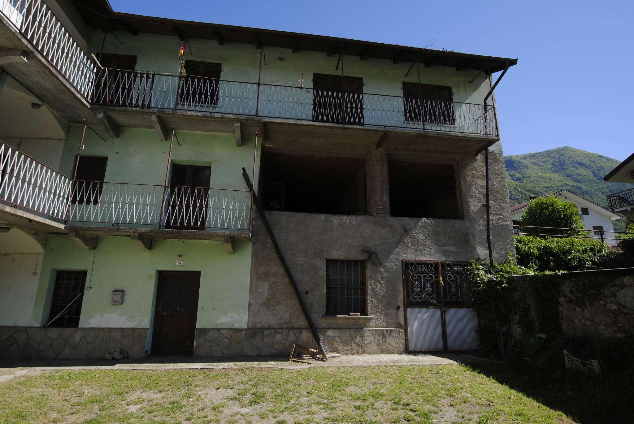 Soluzione Semindipendente in vendita a Borgone Susa, 7 locali, prezzo € 70.000 | Cambio Casa.it