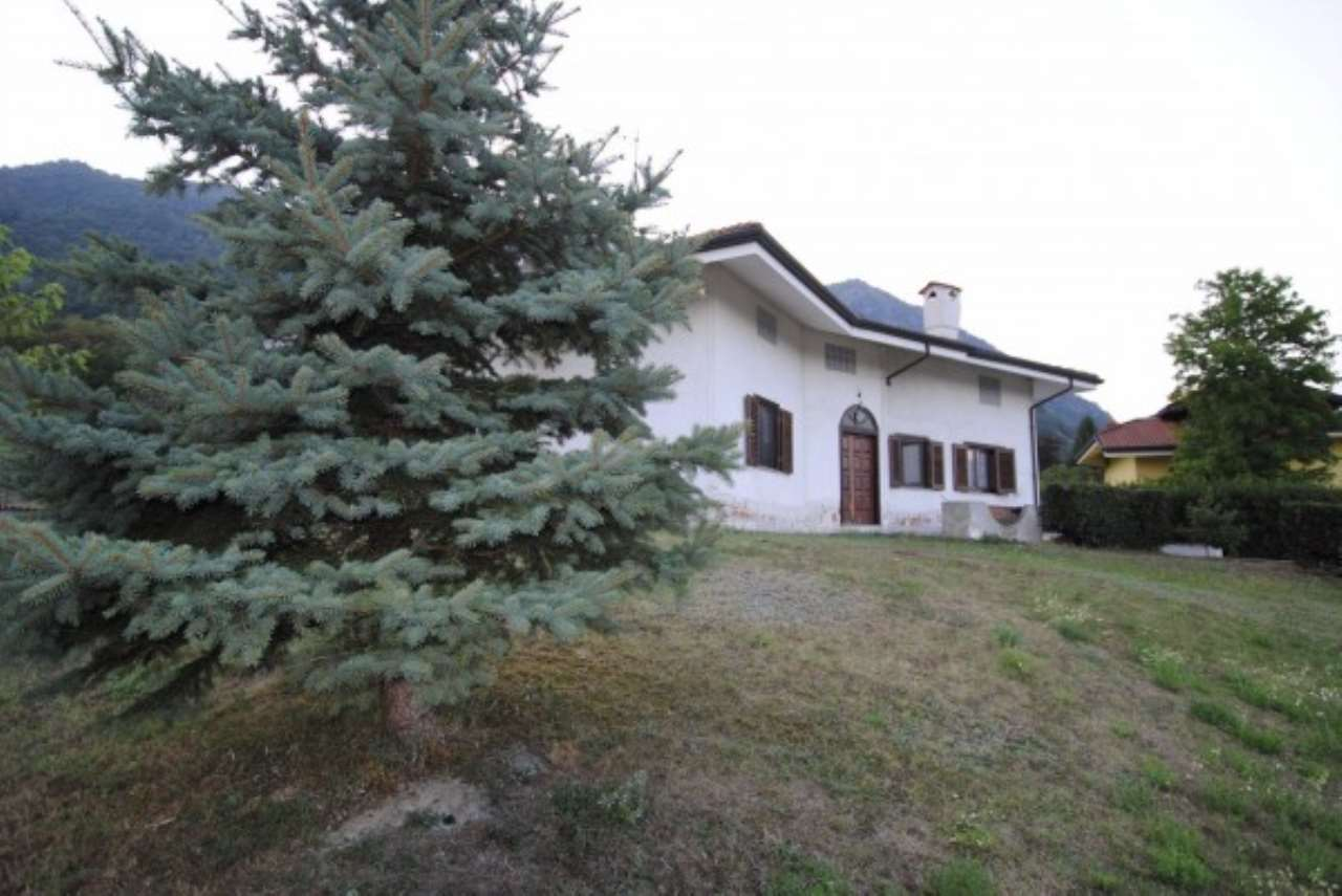 Villa in vendita a Avigliana, 5 locali, prezzo € 365.000 | Cambio Casa.it