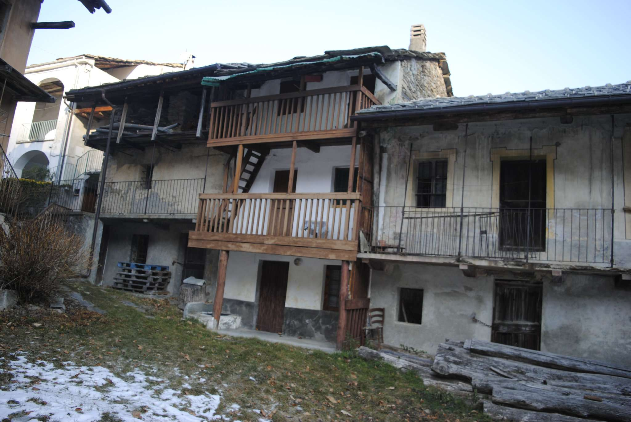 Rustico / Casale in vendita a Chiusa di San Michele, 3 locali, prezzo € 10.000   CambioCasa.it