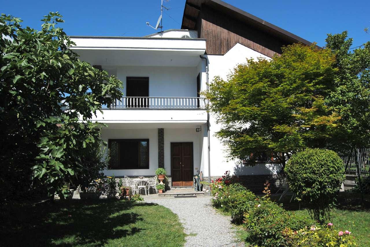 Villa in vendita a Sant'Antonino di Susa, 8 locali, prezzo € 340.000   CambioCasa.it